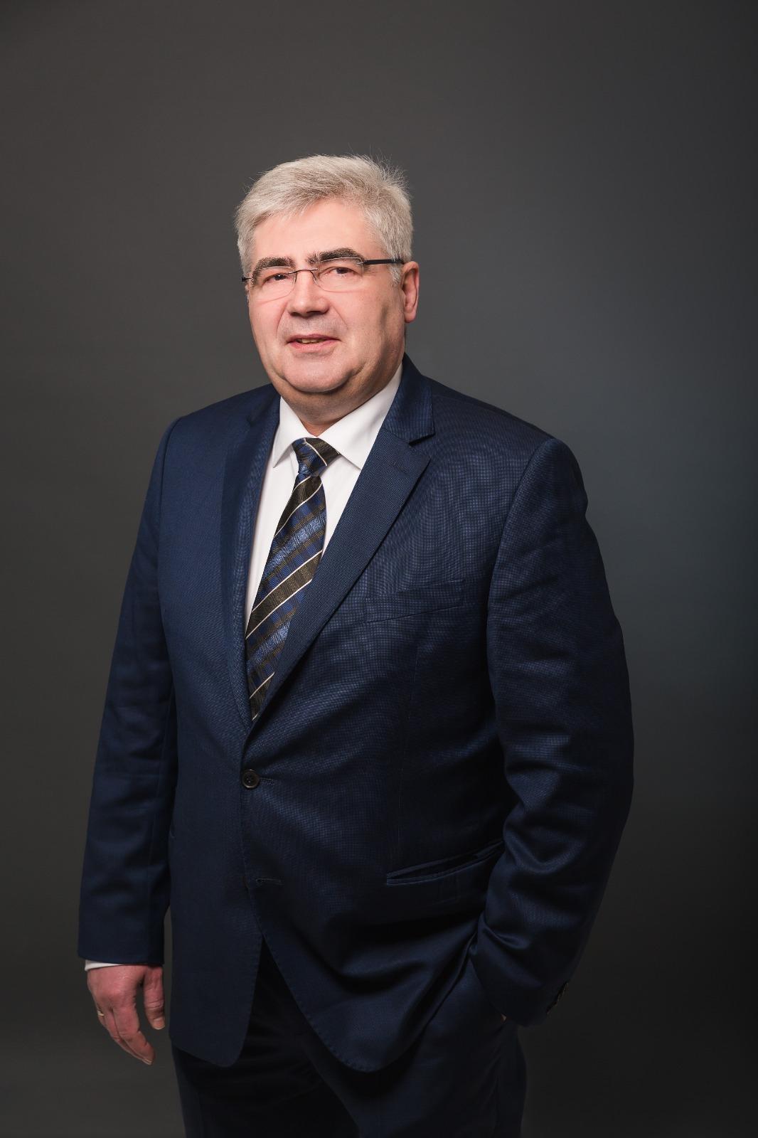 Stefan Pinhard